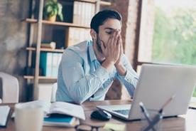 utilisateur-confronte-a-la-perte-de-ses-donnees-perte-de-productivite-2-1
